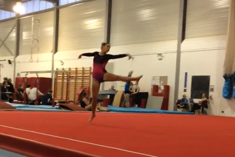 The Adult Gymnast Blog: Introducing Kat