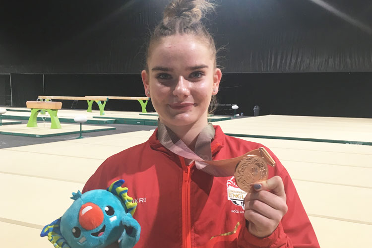 Brilliant bronze for England's Alice Kinsella in women's Commonwealth all-around final