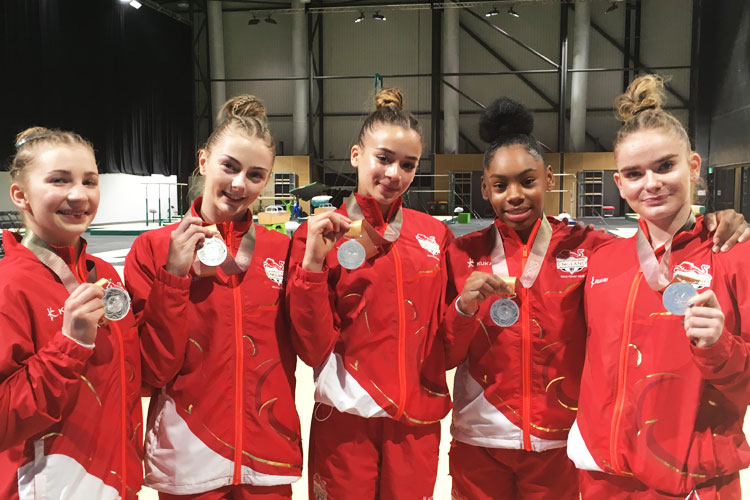 England's women secure a superb silver in Australia